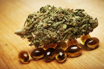 cannabis gel caps - small.jpg